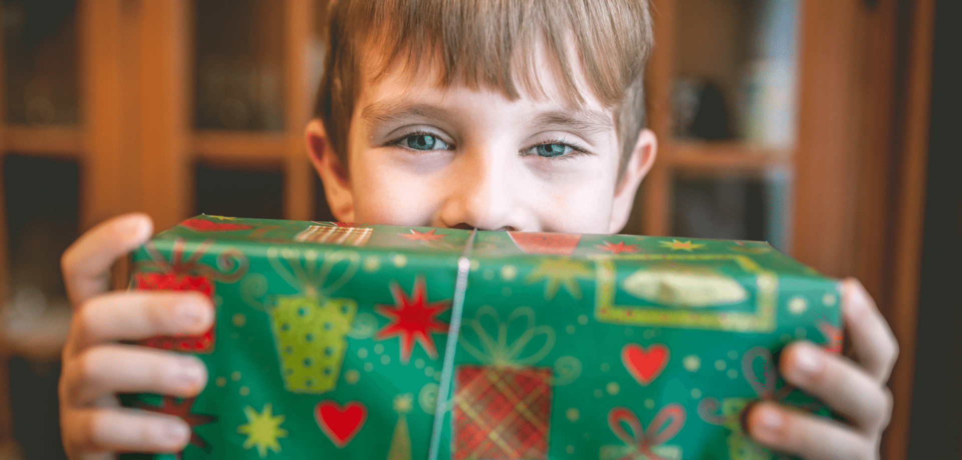 Make a difference  to a child this Christmas  with Angel Tree!